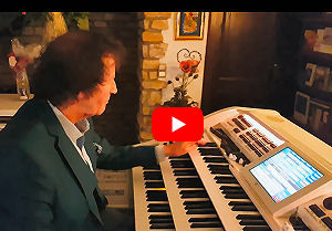 The World Famous Organ Player Franz Lambert plays Fox Medley